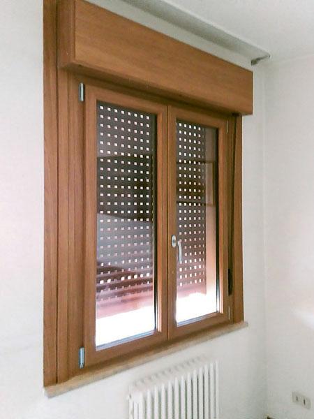 Pianeta serramenti realizzazione e installazione di serramenti in pvc - Finestre monoblocco prezzi ...